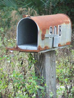Mail_Box_908